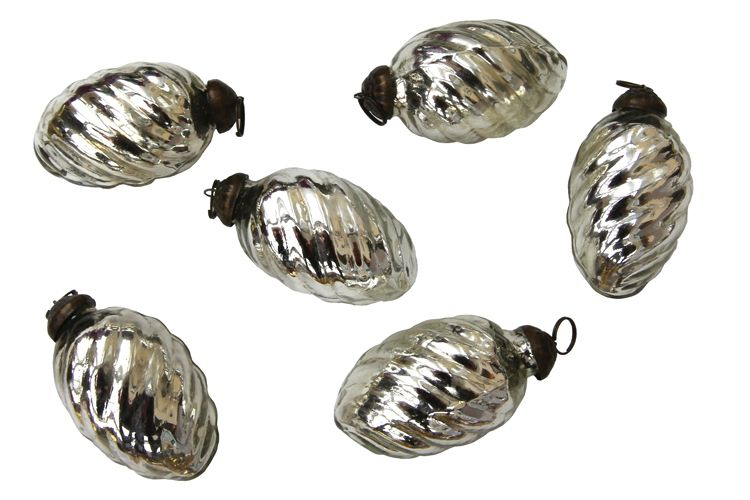 6 Small Silver Baubles