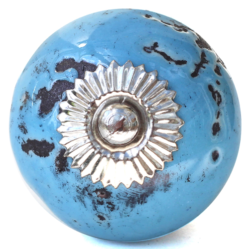 Distressed blue knob